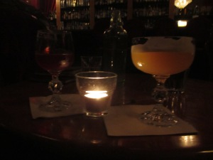1920's cocktails by candlelight, 1806 bar.