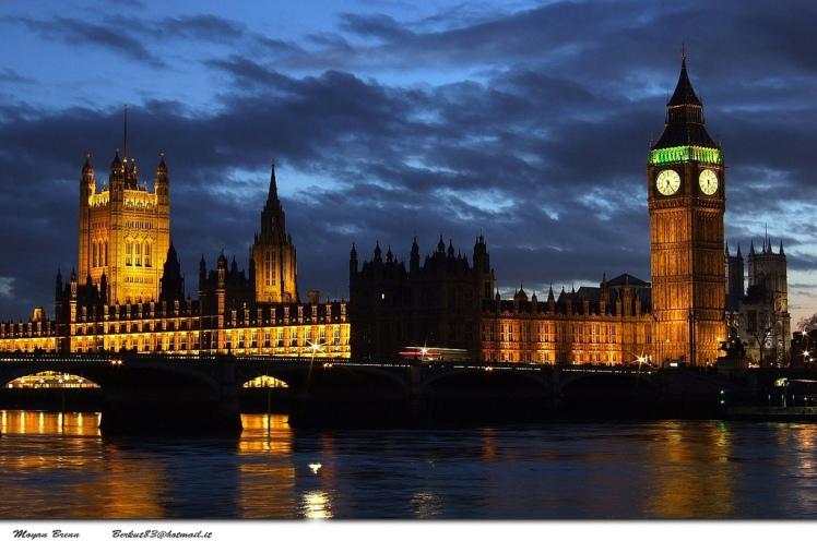 Houses of Parliament and Big Ben via Moyan Brenn @ Flickr