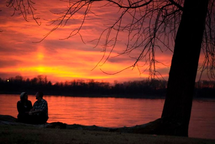Nothing like a romantic sunset... via justinpocta @ Flickr